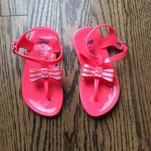 NWOT Gap kids little girl 7 sandals